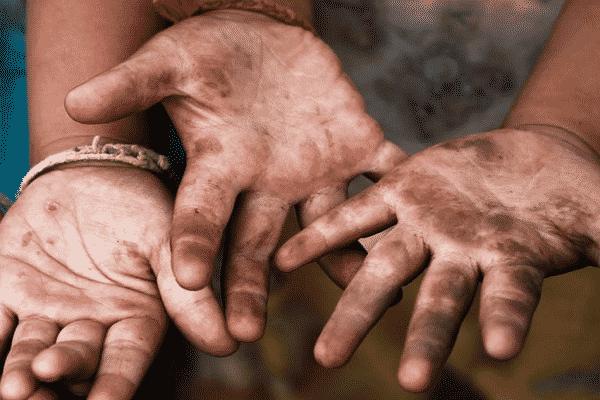 Trabalho infantil expõe crianças à violência sexual